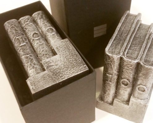 Escultura aniversario empresa - Pisapapeles Cabero